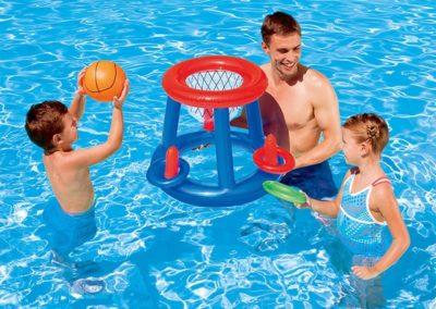giochi gonfiabili per piscine