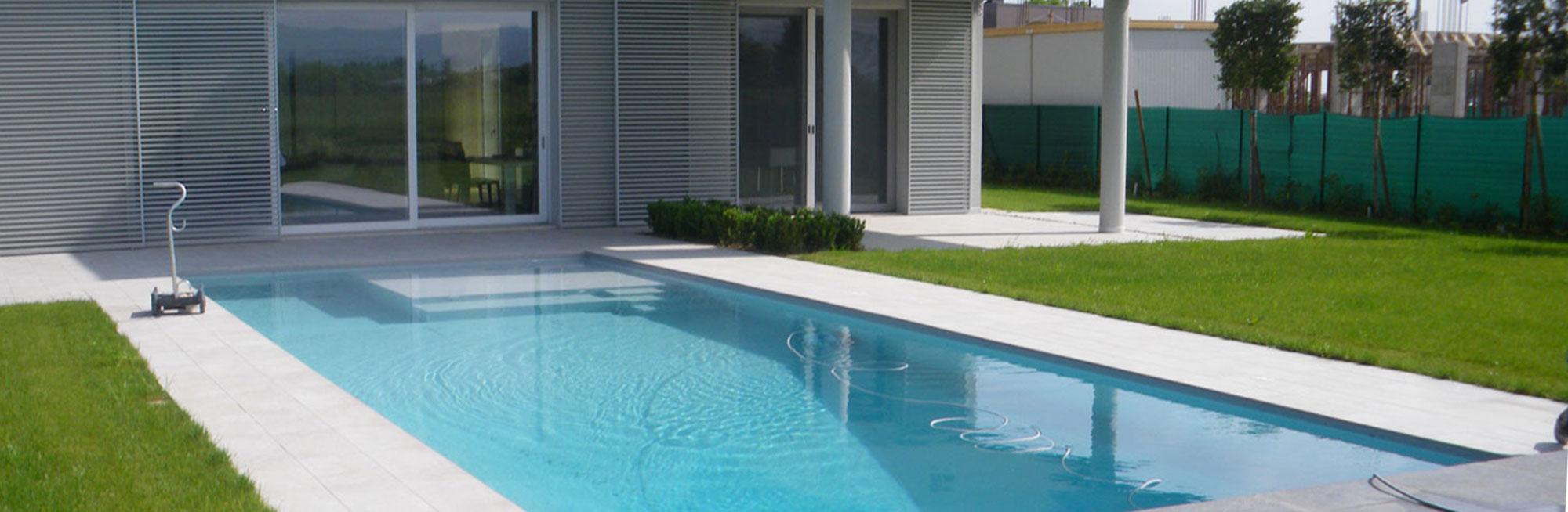 Foto Di Piscine Private costruzione realizzazione piscine private su misura reggio